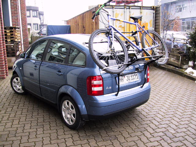 Audi_A2_mit_Fahrrad-1.jpg.ae079b84e5a692f97c519cba8df2d875.jpg