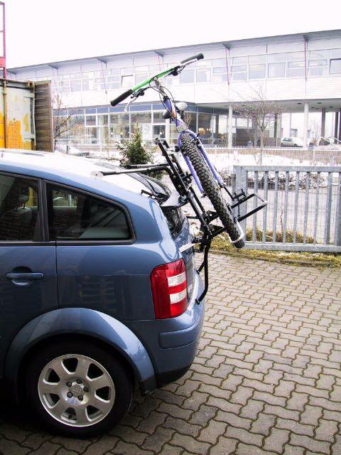 Audi_A2_mit_Fahrrad-4xxx.jpg.3792812a1fb38cb3b9391c12cbd40af1.jpg