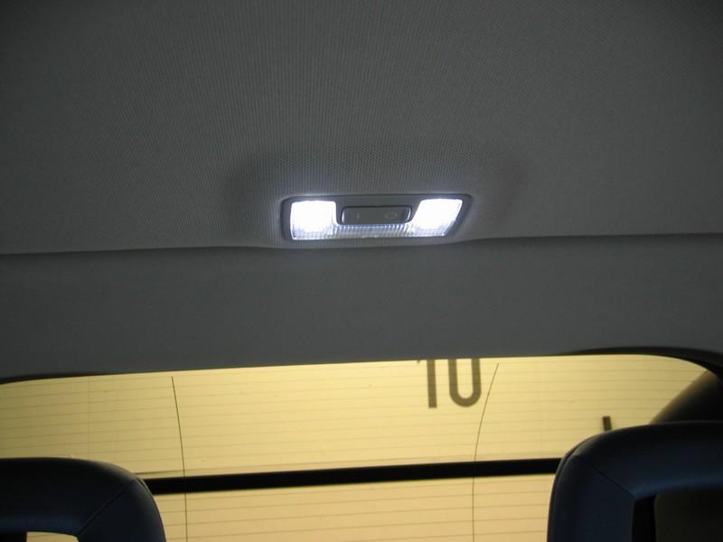 LEDs_hinten.jpg.7bb11024f529c07081459c52eebc64b4.jpg