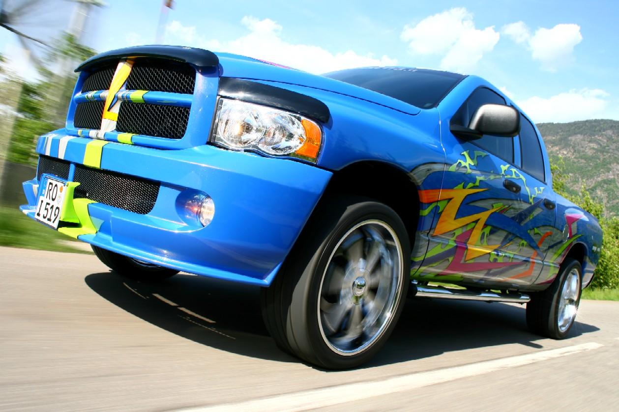 Dodge3.JPG.a983c7844c396be6a6be6d8717f1a72a.JPG