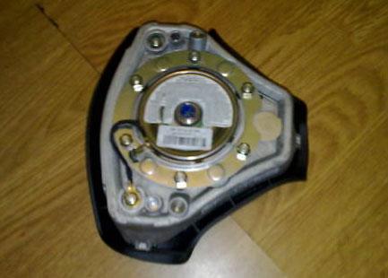 airbag.jpg.a5b2e78353b37ba53b836871f31af01d.jpg