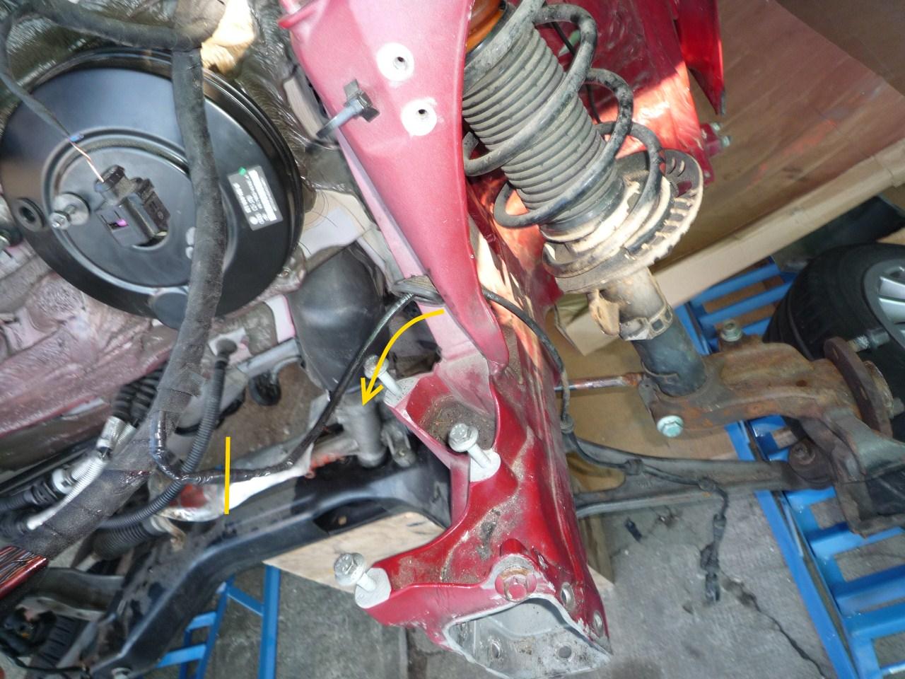 ABS-Kabel_Fahrerseite_Trennstelle.jpg.16b3c3cc16c224fcb9a606cccbe50b43.jpg