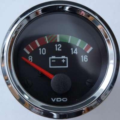 vdo_chrom_internation_voltmeter_12v.jpg.2ba05d6b880a1cfb31661cbbc1925359.jpg