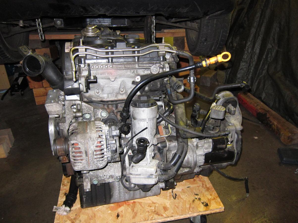 Motor_Getriebe_vor_Wiedereinbau.JPG.c2abf3e3279e06e9e64de0a1cea5a61c.JPG