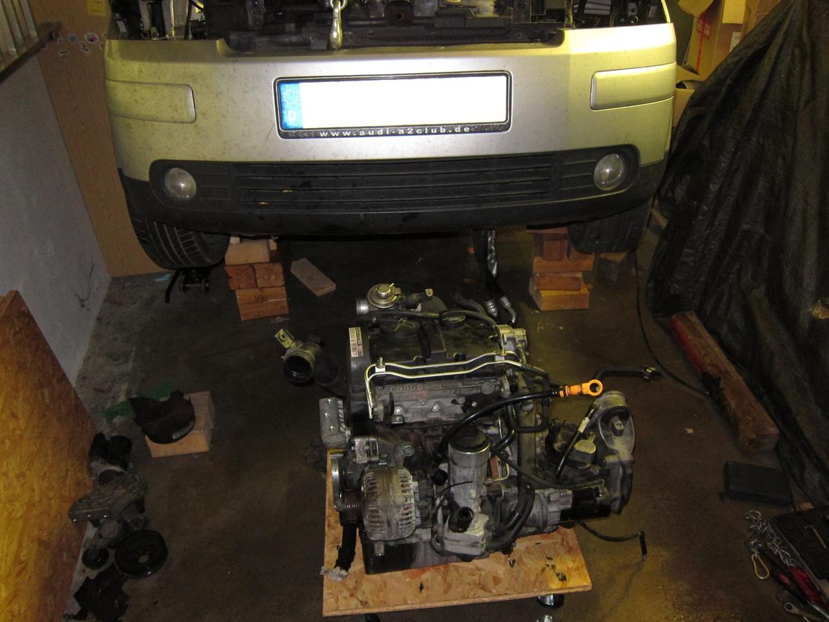 Neuer_Motor_altes_Getriebe.JPG.1ac597b0f7d9452ba32492fffb756385.JPG