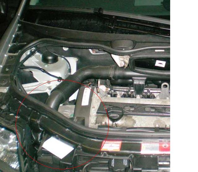motorraum.JPG.fba13cc185d831d3c2a595392d100777.JPG