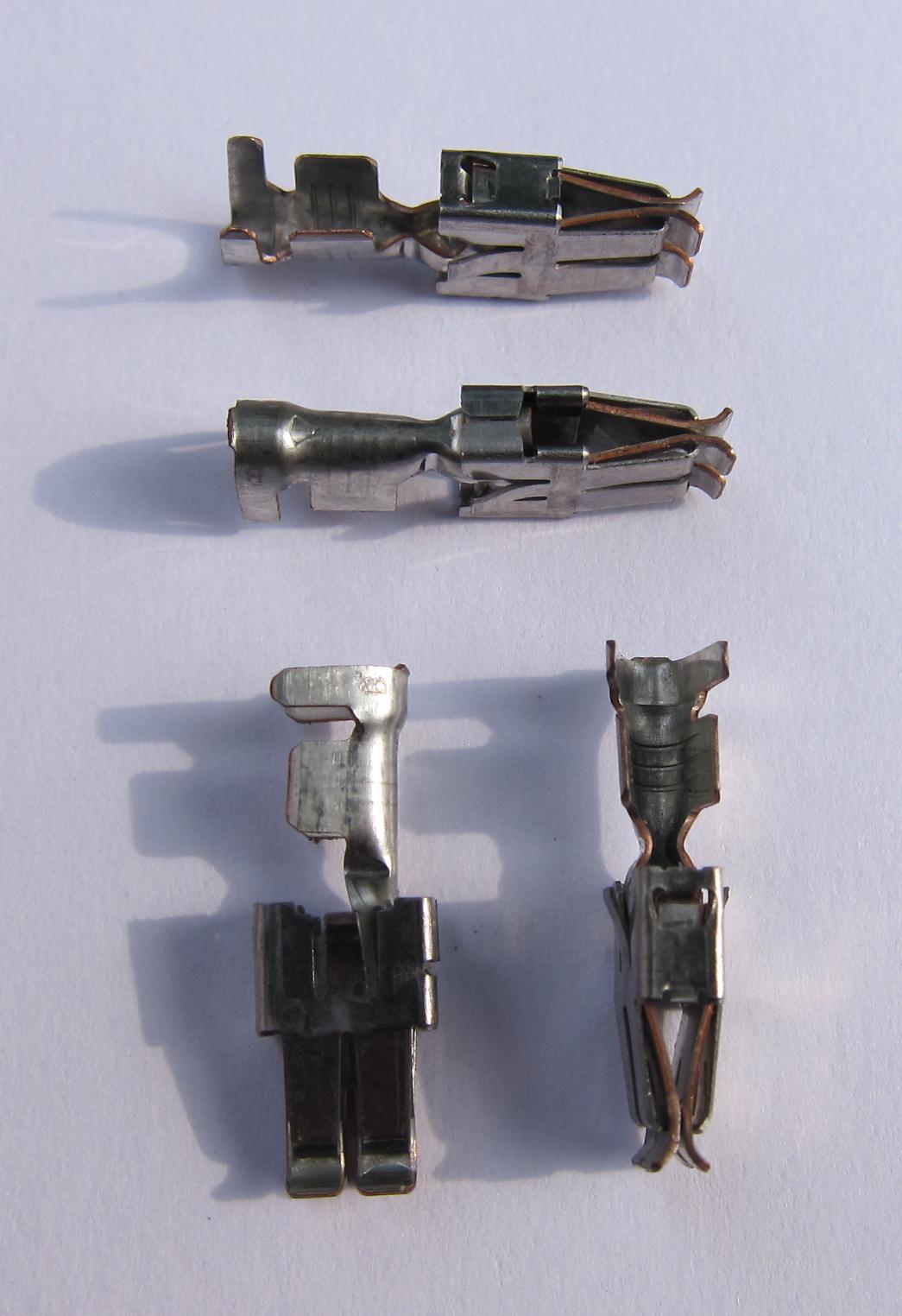 12_StandardPowerTimer_2_5mm_Female.JPG