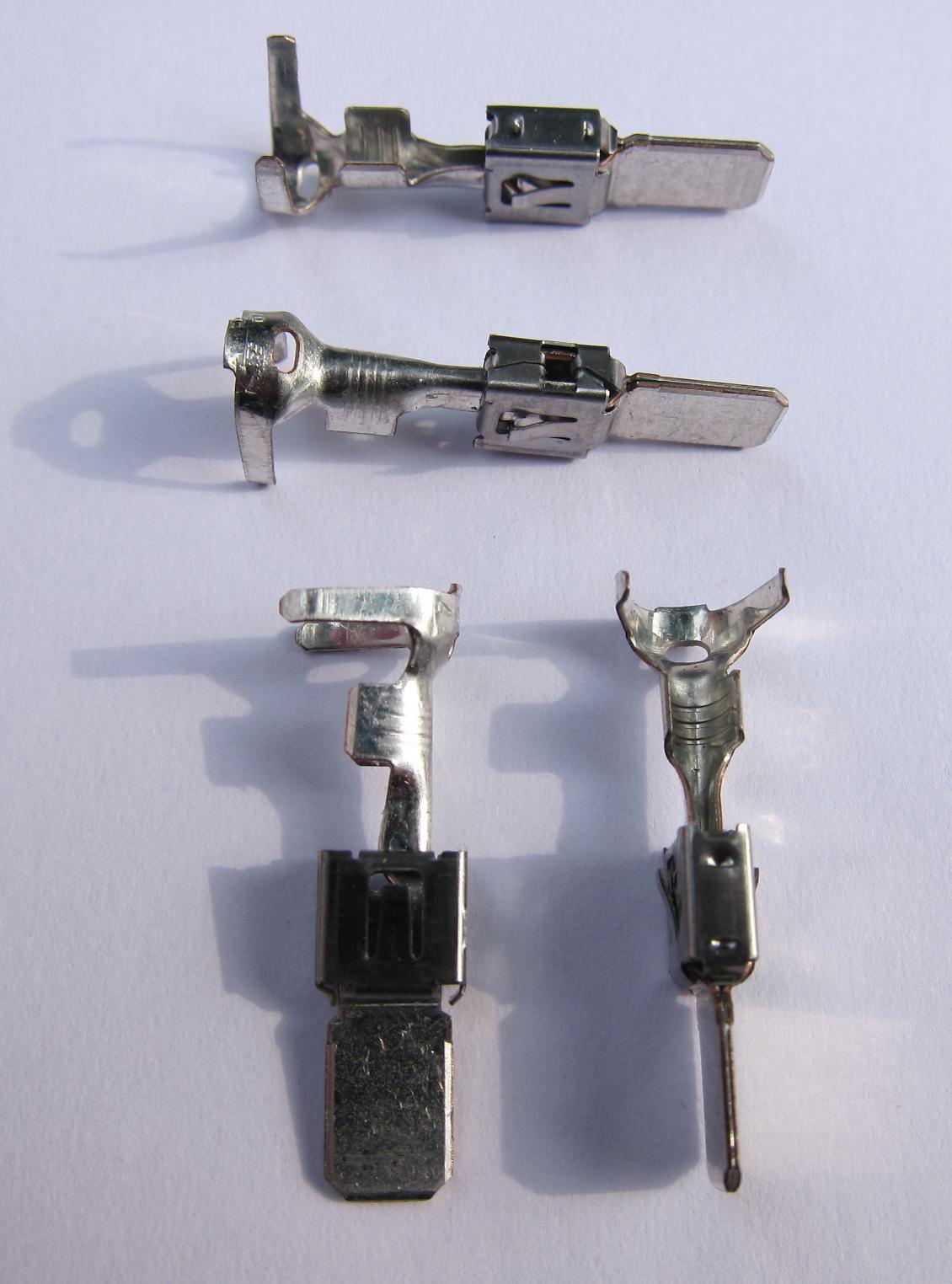 13_StandardPowerTimer_2_5mm_Male.JPG