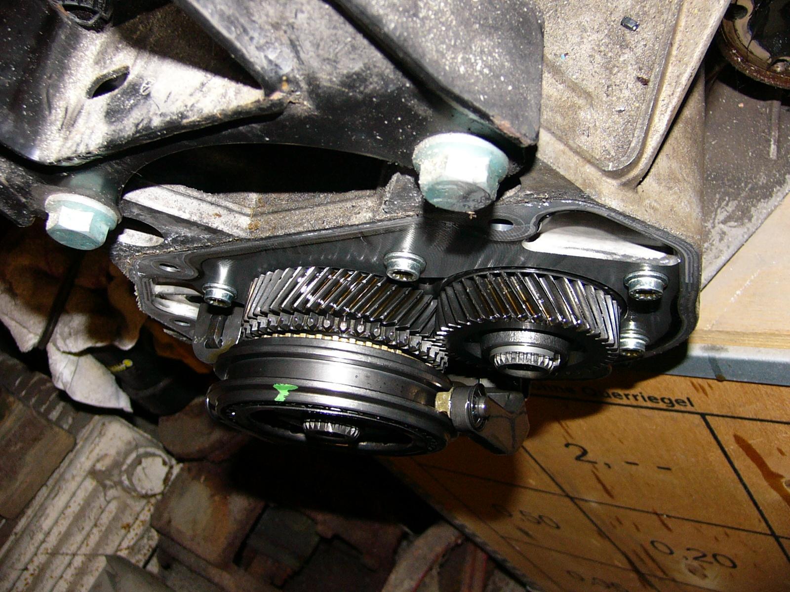 58933eab66dcd_14B-Getriebe-1.JPG.80dbb434a5b4a3c10a63ee4a3665514b.JPG