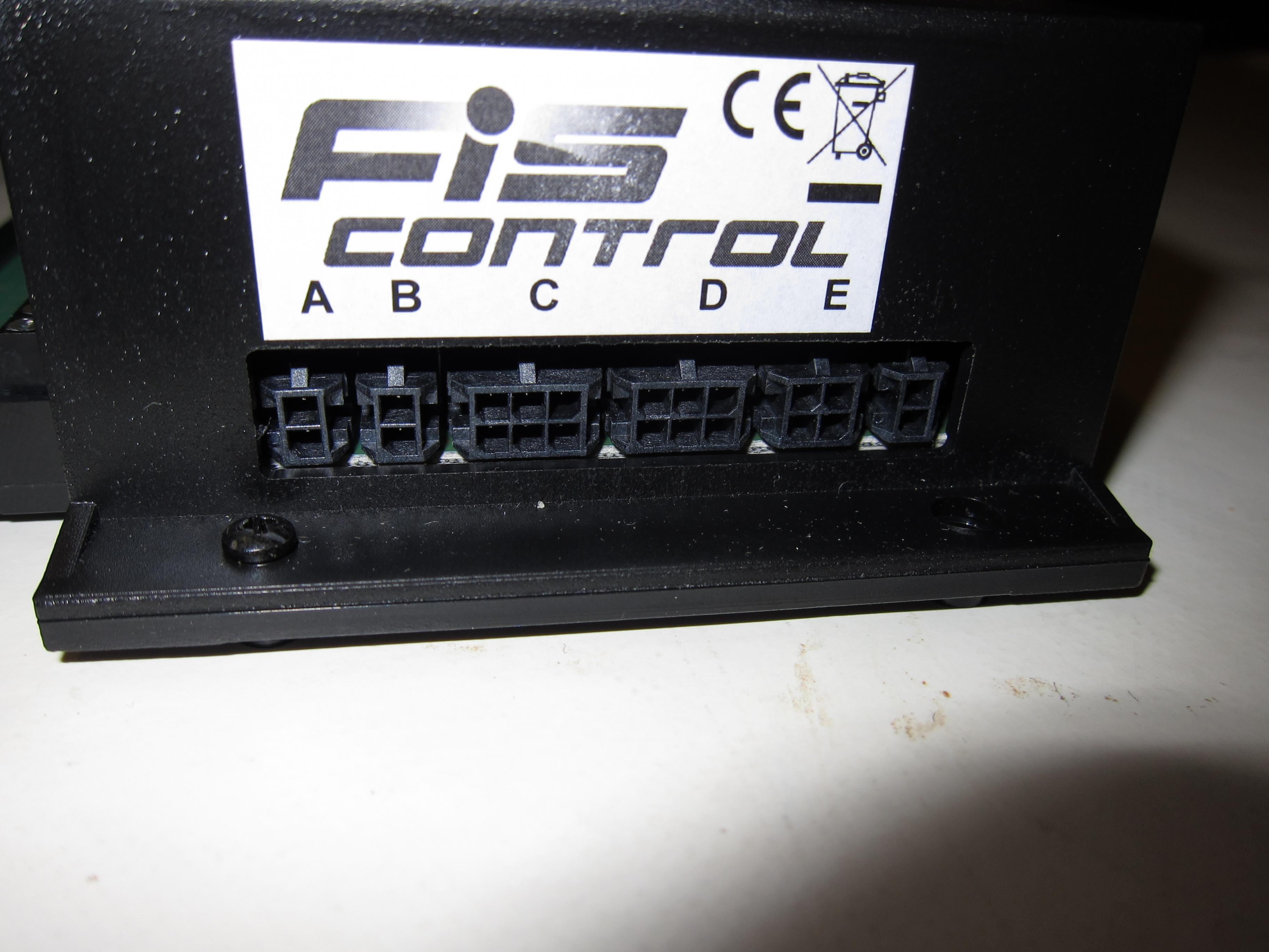 03_FIS-Control_Anschlussbuchsen.jpg.cf2319be231a7128afdd430eb496cec9.jpg