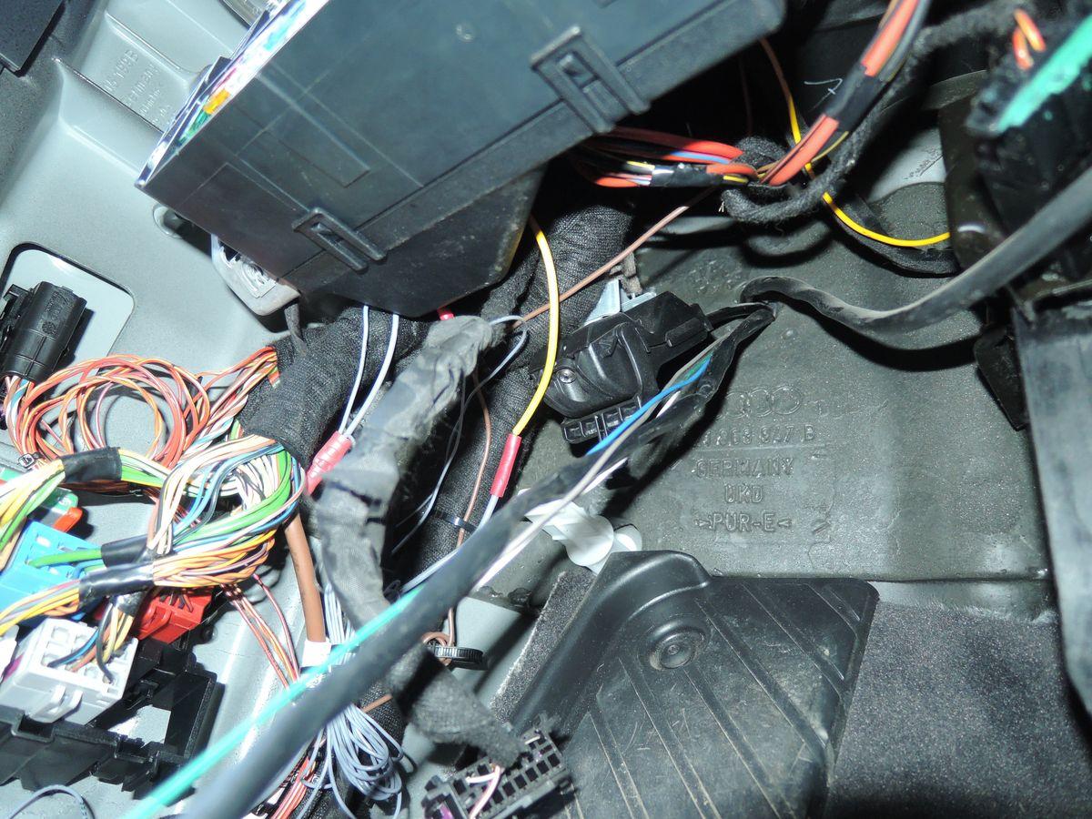 OSRAM_LEDriving_Fog_Audi_A2_Wiring_Methode_2_03.JPG.2a7734ef9e880bbbc9c99ed27ef7464c.JPG