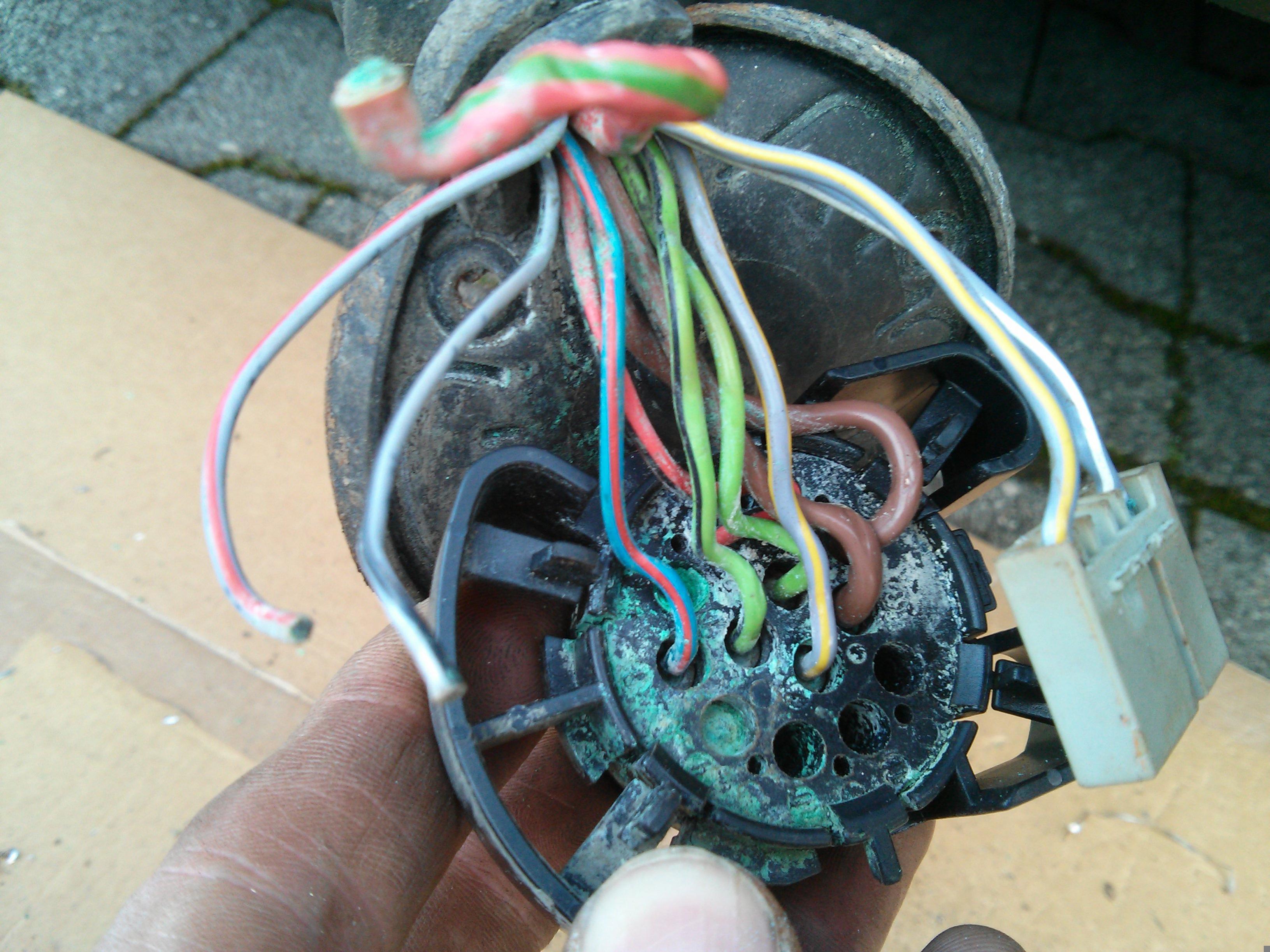 Steckdose Anhängerkupplung Belegung Kabel-Pins - Ausstattungen ...