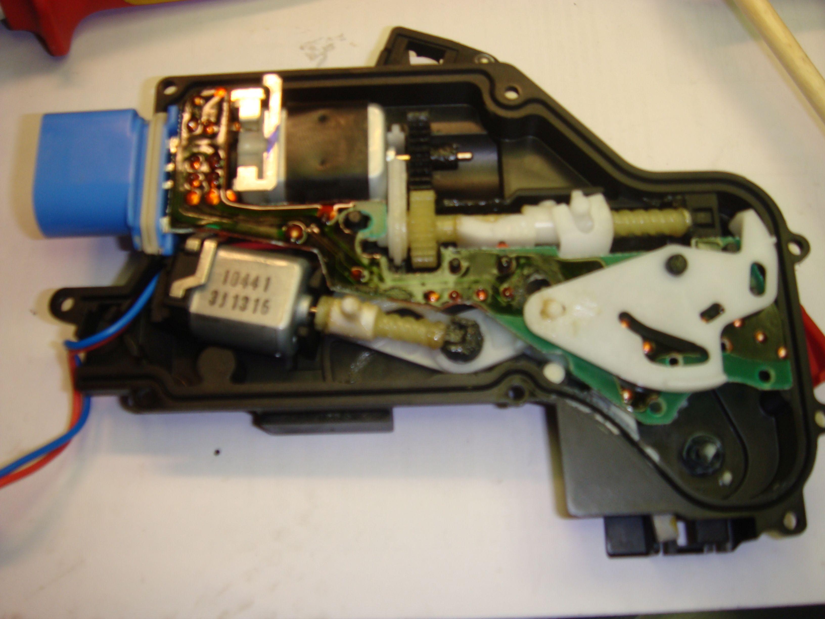 Fein Batterievorschaltplan Fotos - Der Schaltplan - greigo.com