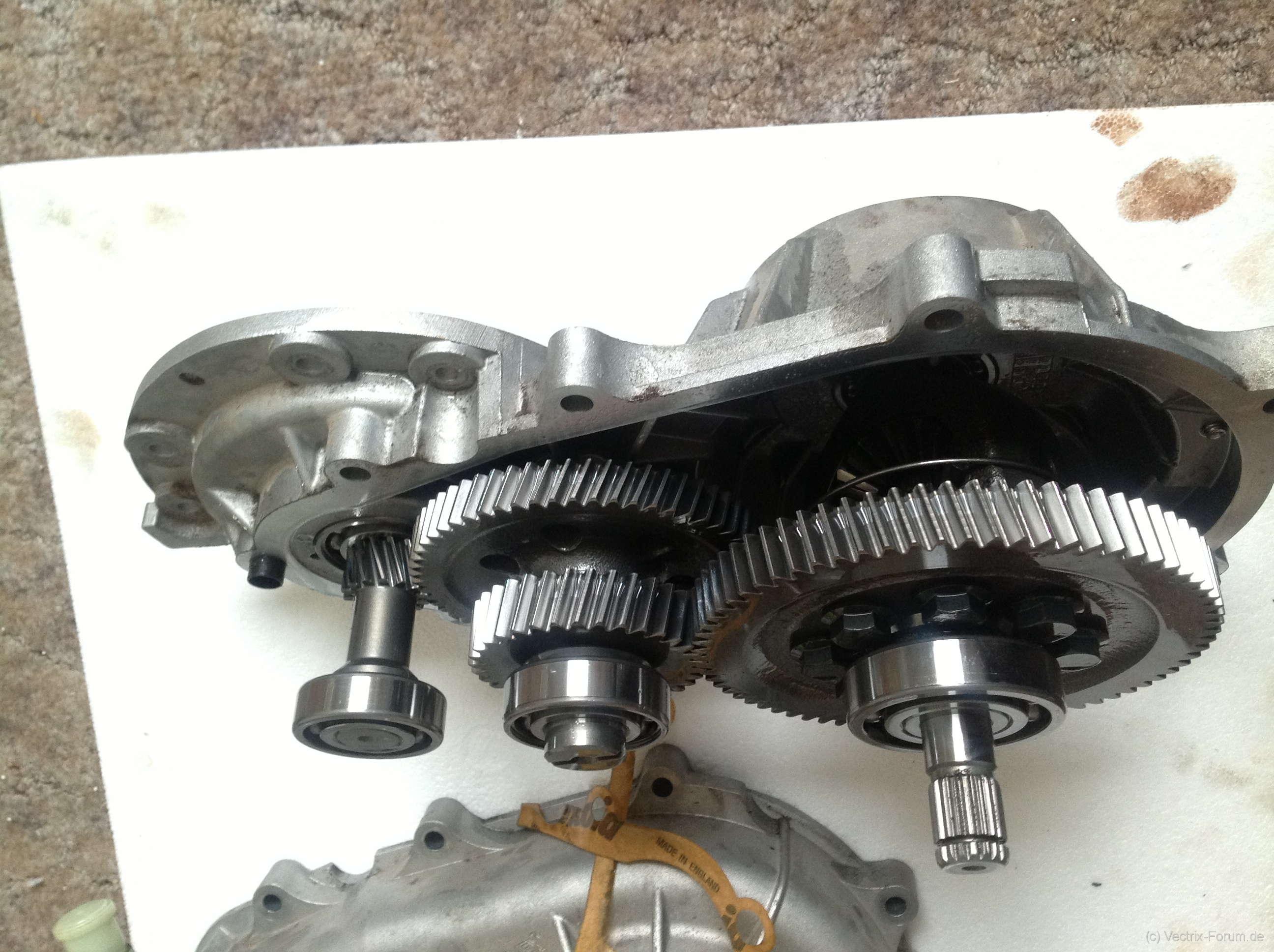Twizy-Comex-Getriebe-2.jpg.9da368b14203beedb02f8580be51d600.jpg