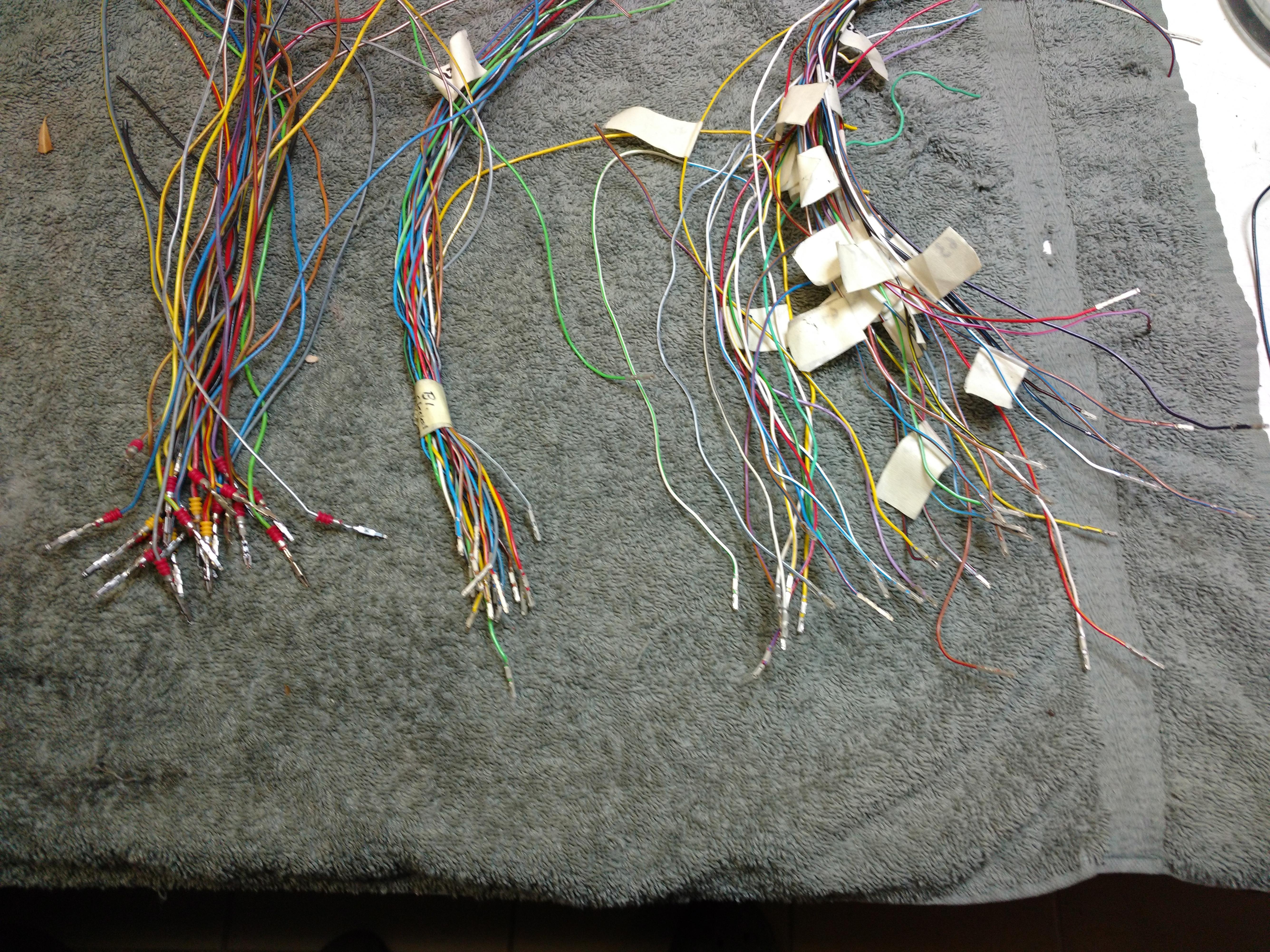 Pins.jpg.55ca3ca89fd3d163d5e2b0aa403f55b4.jpg