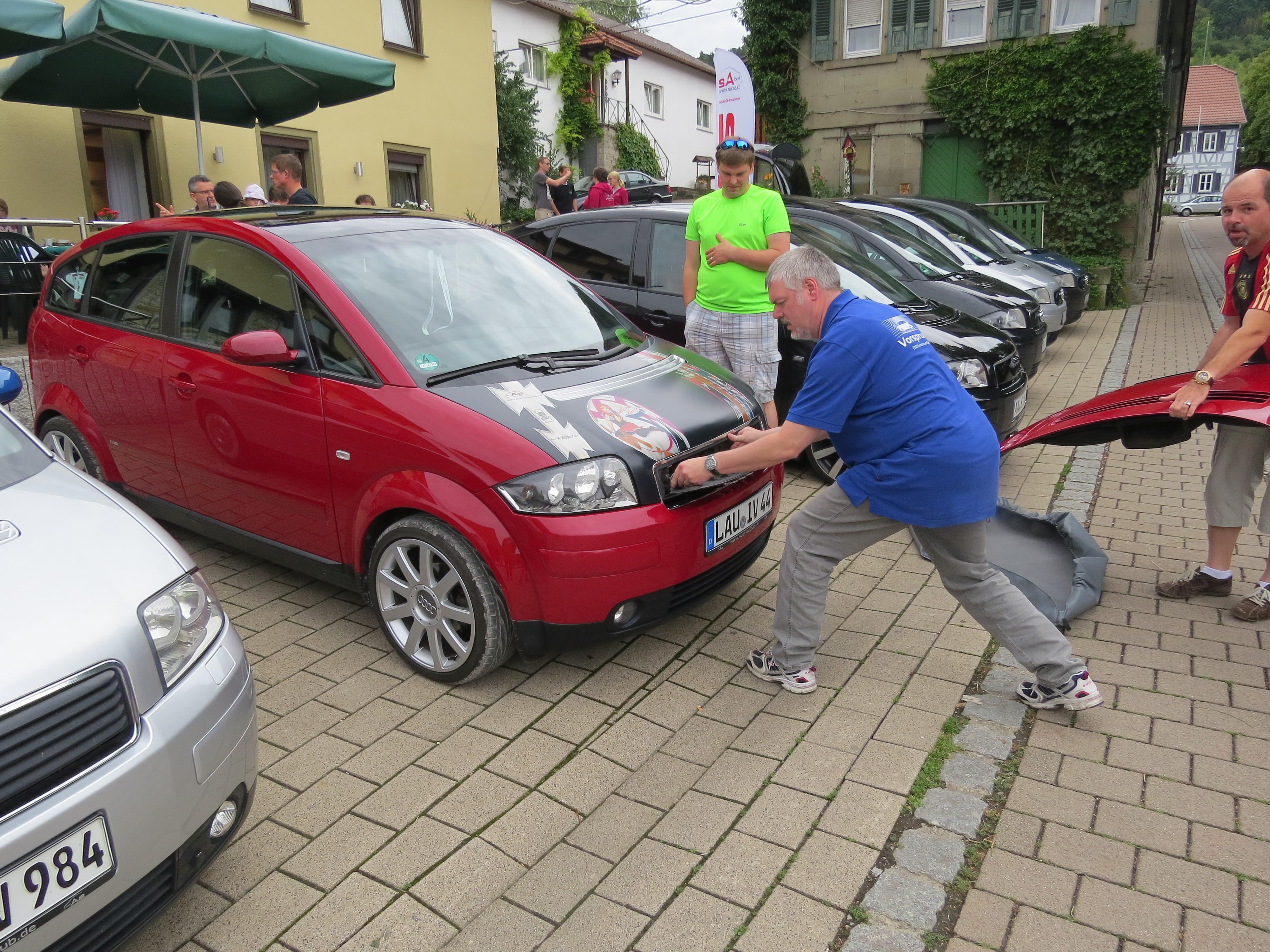 Krone-Fichtenberg-Audi-A2's-Wanderhaube-Nupi