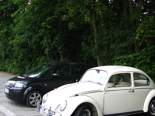 VW-Käfer versusu Audi A2, zwei Design Klassiker