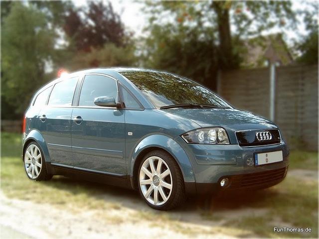 Audi_A2_seitlicher_front.jpg