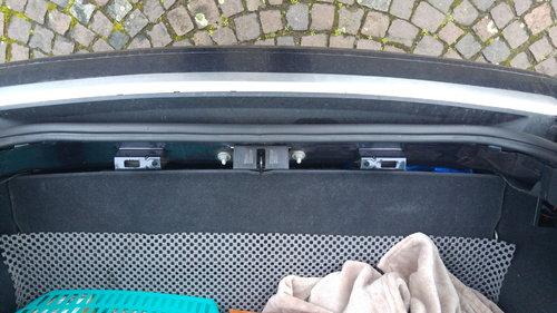 Abdeckung Kofferraumverriegelung Audi A2.jpg