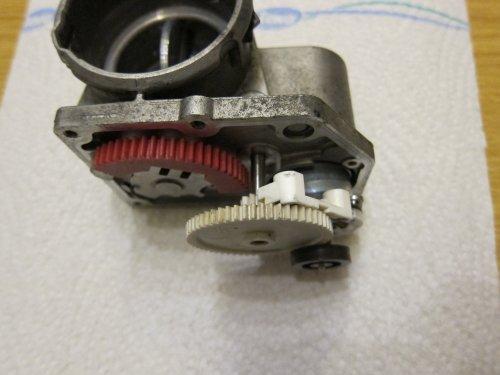 38_Stellmotor_einbauen_2.thumb.JPG.3e35b1256901edb4f0e30fcc8771a0aa.JPG