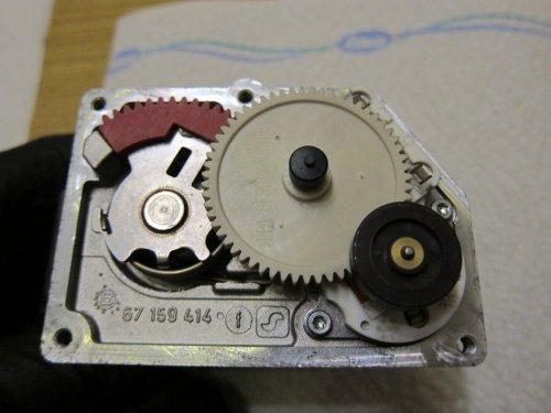 40_Stellmotor_einbauen_4.thumb.JPG.7855516c9e2a7bfb7d4a5893a6a0ad62.JPG