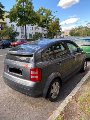 6 Audi A2 Hinten seitlich rechts.jpg