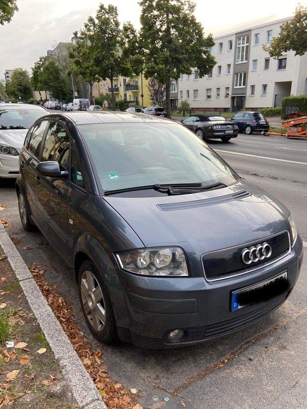 1 Audi A2.jpg