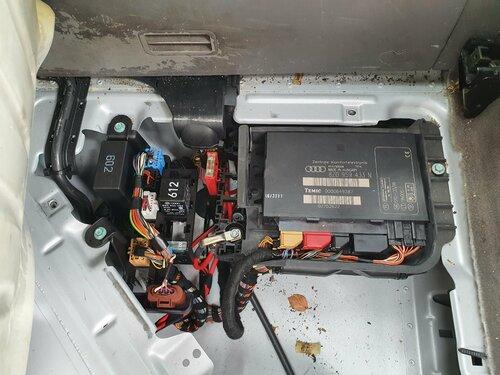 1167453269_KraftstoffpumpenrelaisKPRAUA.jpg
